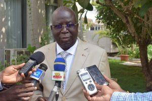 Le Président ASSOUMA répondant aux questions des journalistes
